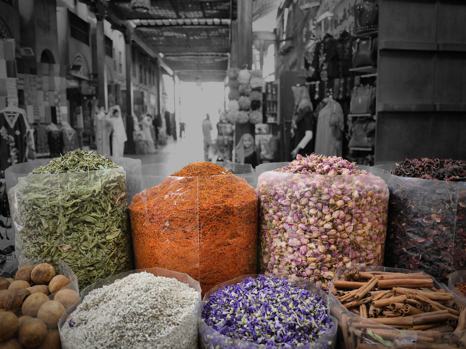 Fragrant Aromas Fill the Souk - Dubai, United Arab Emirates