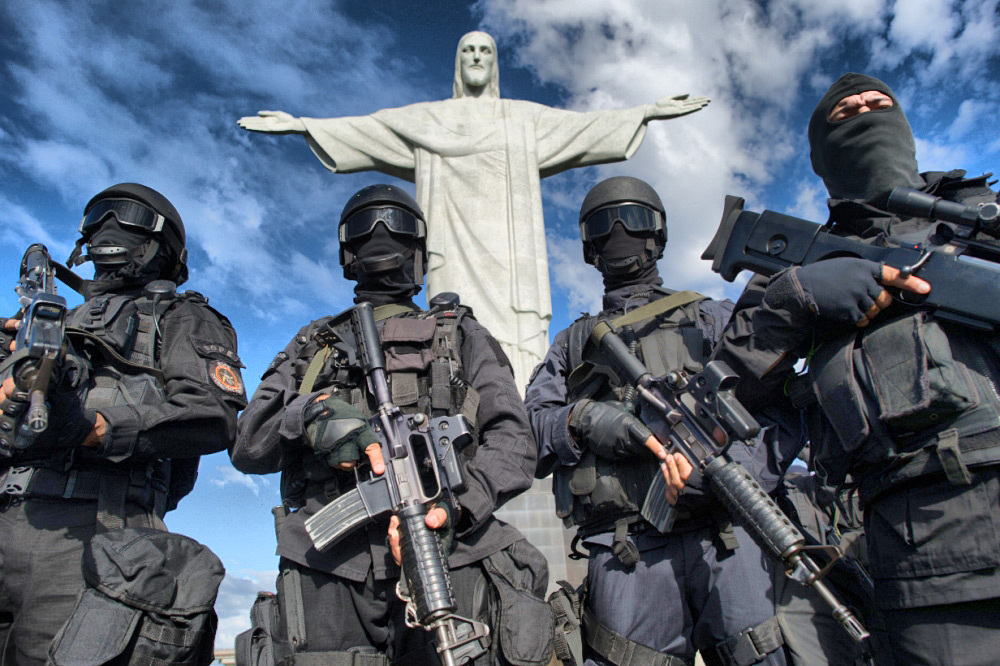 Police Armed With Guns at Christ The Redeemer