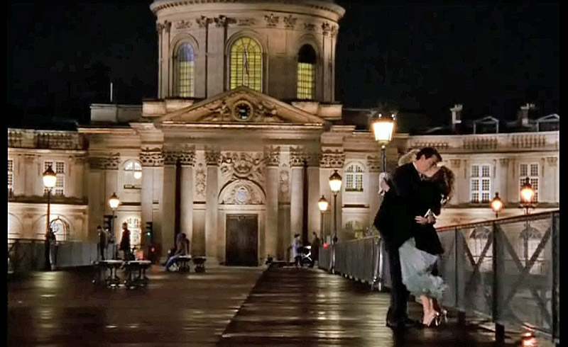 Sex and the City: Carrie and Mr. Big Declaring Their Love on Pont des Arts Bridge, Paris