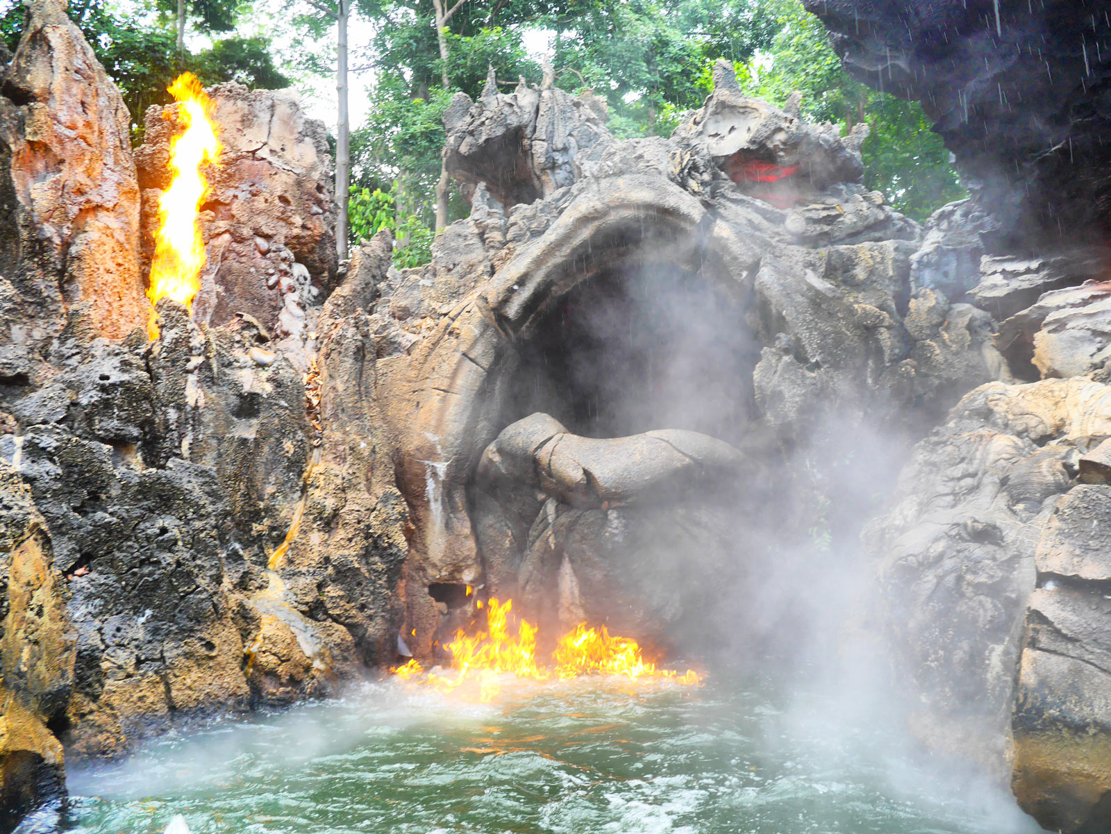 Cruise Through Fiery Waters on a Jungle Adventure - Hong Kong, China