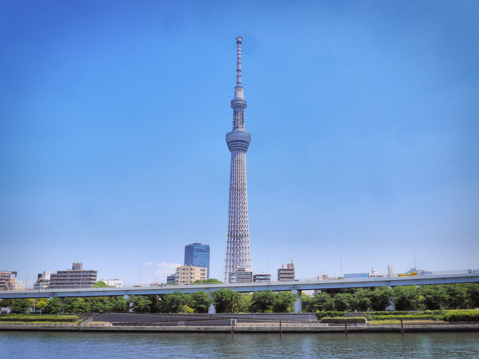 Cross the Sumida River to the World's Tallest Tower - Tokyo, Japan
